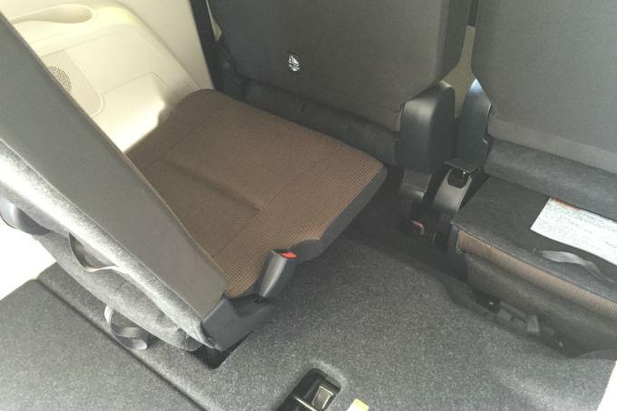 新型シエンタ サードシート